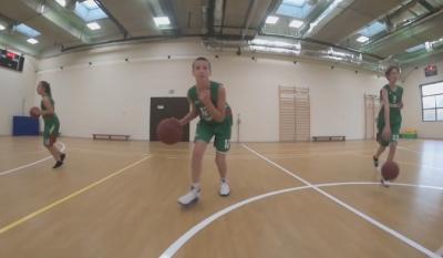 Ucha.se записа баскетболна загрявка с деца от Спортни таланти и Славия