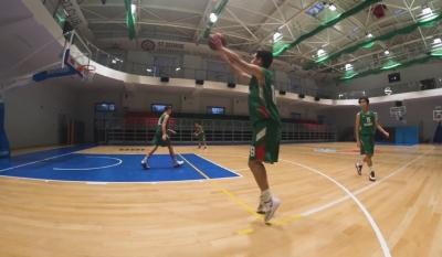 Спри, тръгни, стреляй с четвърта серия от Баскетболната игра в Ucha.se