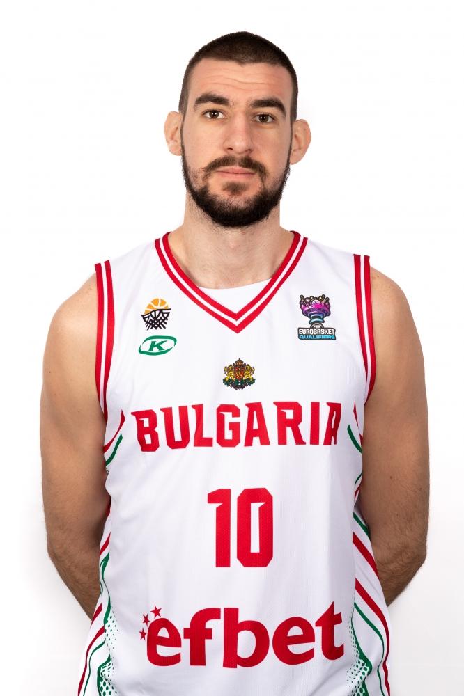 Андрей Иванов Иванов