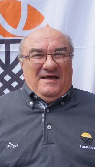 Петър Цачев