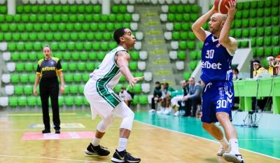 Цветослав Острев изигра последния си мач като професионалист