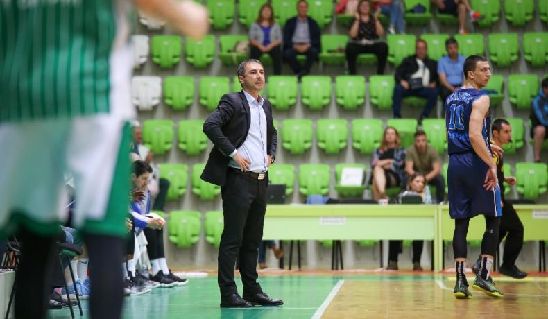 Асен Николов: Благодарим на играчите и ръководството