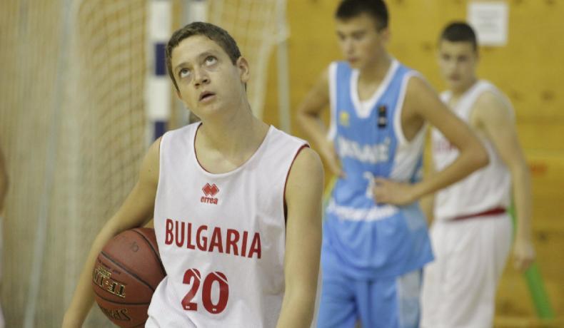 Момчетата до 14 години - с първа победа на Словения Бол