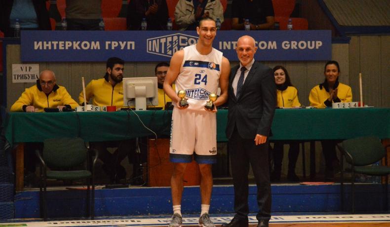 Георги Боянов получи наградите си за MVP за януари и февруари