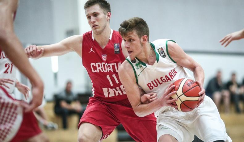 Без Иван Алипиев в националния отбор за младежи това лято