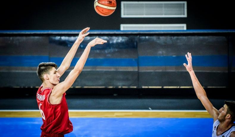 Юношите измъкнаха още една победа срещу Румъния
