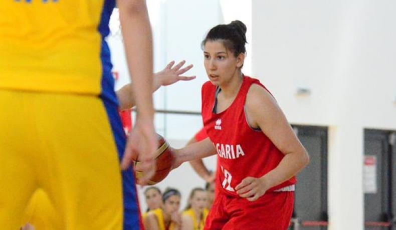 Девойките до 20 години - с две загуби на силен турнир в Турция