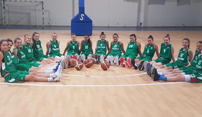 Момичетата до 15 г. измъкнаха трудна победа срещу Румъния