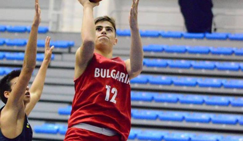17-годишен - титуляр за Левски Лукойл при нова победа в НБЛ
