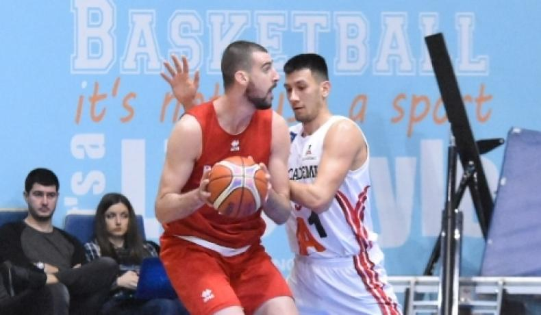Националите победиха А1 Академик София