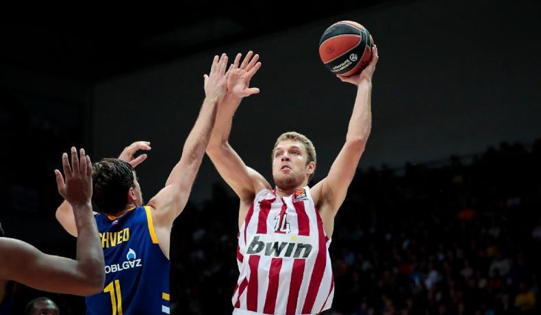 Везенков стартира с поражение във финала на БФБ е-баскет лигата (видео)