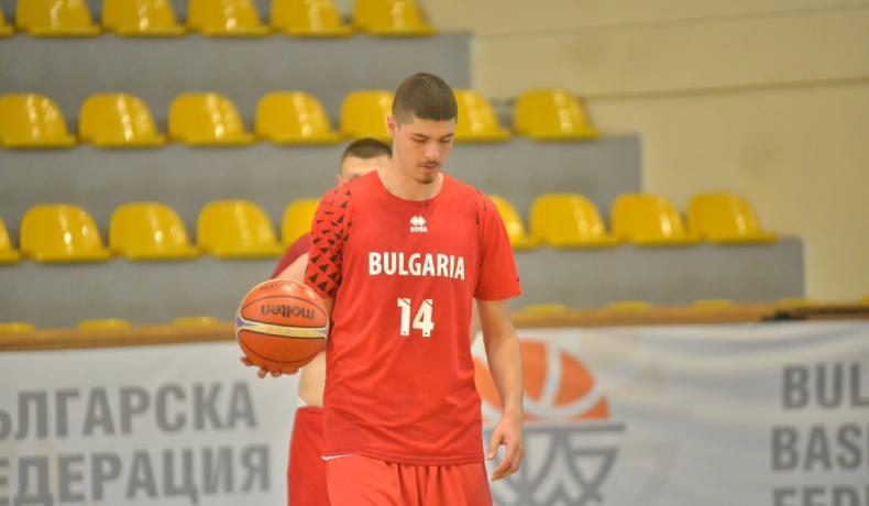 Георги Младенов избра 16 за подготовка при младежите до 20-годишна възраст