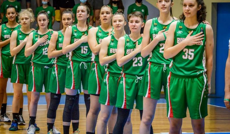 И Хърватия се оказа твърде силна за девойките ни