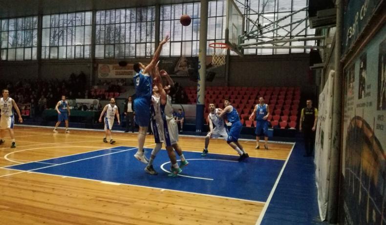 Черно море Тича се справи с Левски под ръководството на новия си треньор