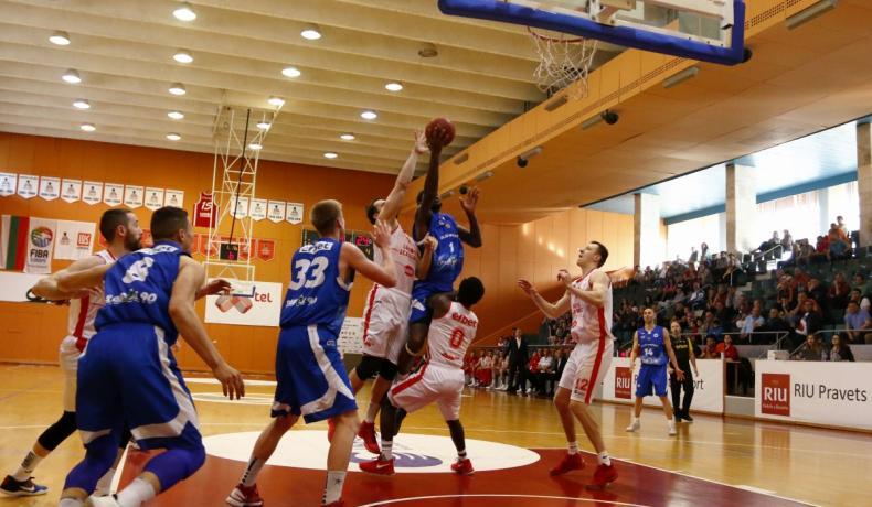Убедителен Лукойл Академик срещу Рилски спортист