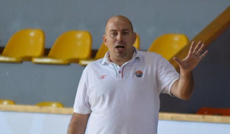 Стефан Михайлов е новият селекционер на женския национален отбор