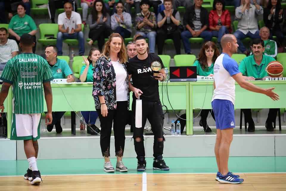 Награждаване на Милен Дудев